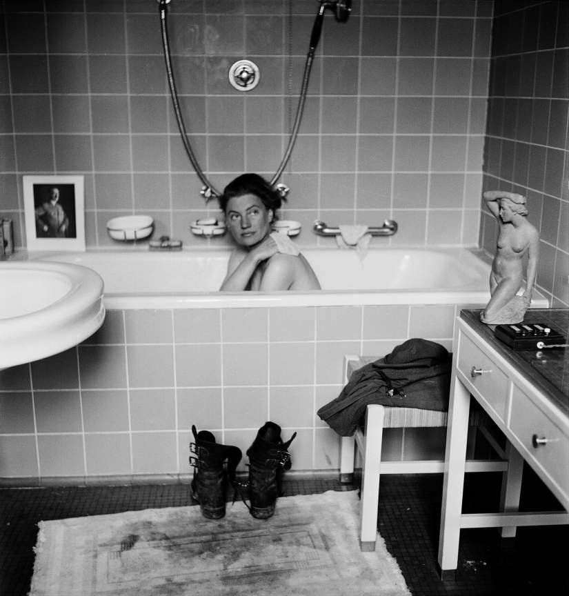 Lee Miller in Hitler's bath tub